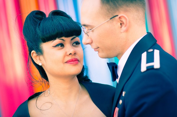 Retro Insuite Wedding | LIttle Vegas Wedding