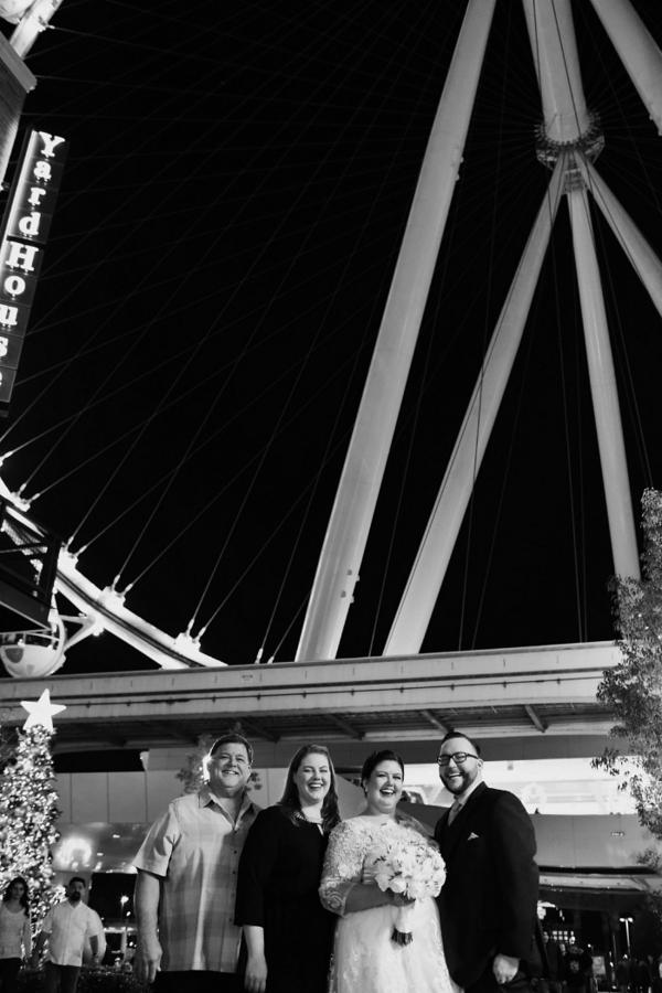 Ferris Wheel Wedding Vegas   Little Vegas Wedding