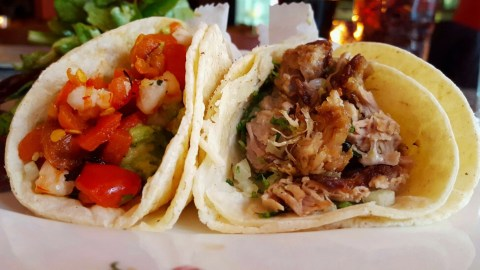 La Flor's carnitas tacos have the perfect ratio of crunchy bits of pork and tender meat. (Photos: Joe DiStefano.)