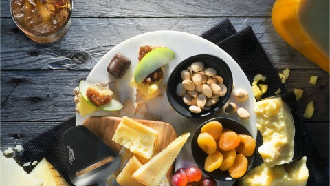 You can grab a plate of Murray's Cheese on your next flight between SFO or LAX and JFK. (Photo courtesy of Delta Air Lines.)