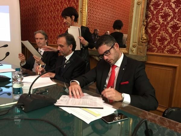 Neil Palomba firma accordo con le Autorità portuali di Savona