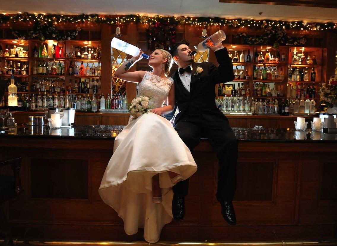 Grande Bride Groom Bar Photo Wedding Photographers Ny Nj Live Studios E1459548442358 Ny Wedding S Poses Ny Wedding S Tumblr wedding Funny Wedding Pictures