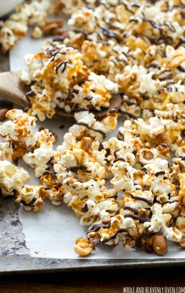 Chocolate-Covered-Peanut-Caramel-Popcorn11
