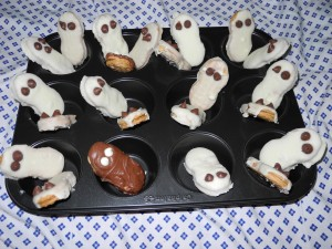 Ghost Cookies Grave Yard