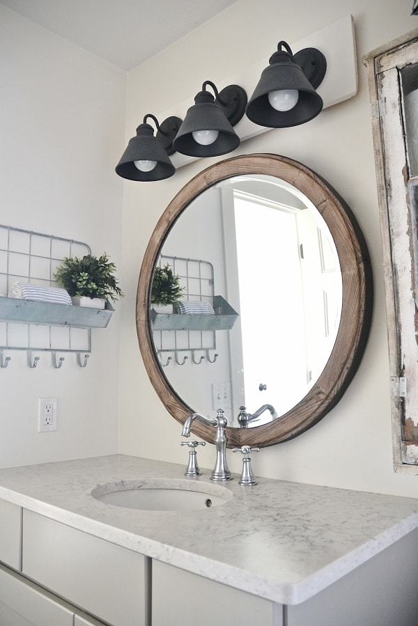 Bathroom Vanity Lights Farmhouse : DIY Farmhouse Bathroom Vanity Light Fixture