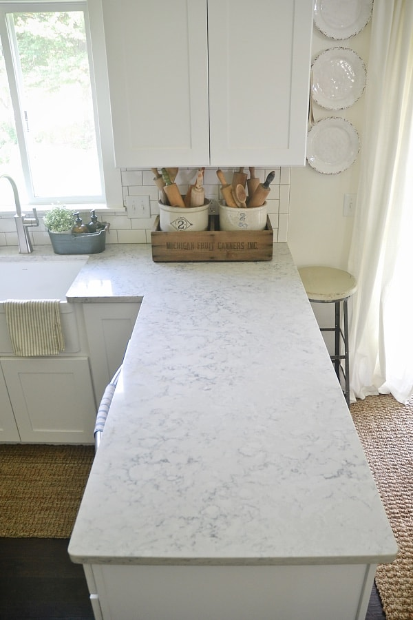 City Farmhouse - Carrara Marble Alternative