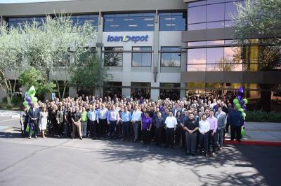 loanDepot | Employee Spotlight: Scottsdale's Office Manager April Bain