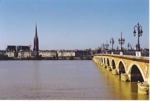 800px-GaronneBordeaux