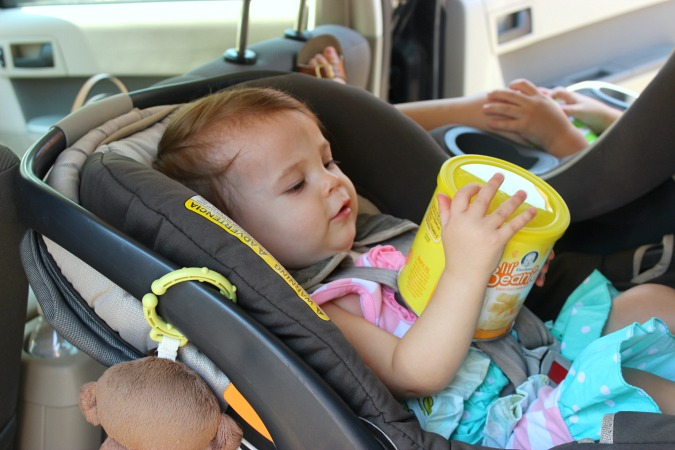 Tips for Running Errands withe 2 Kids Under 2