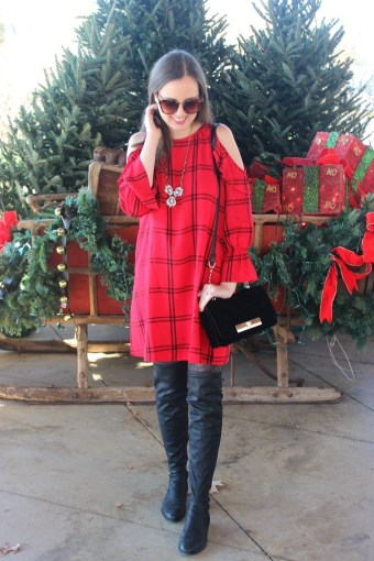 Holiday Outfit for the Plaid Lover