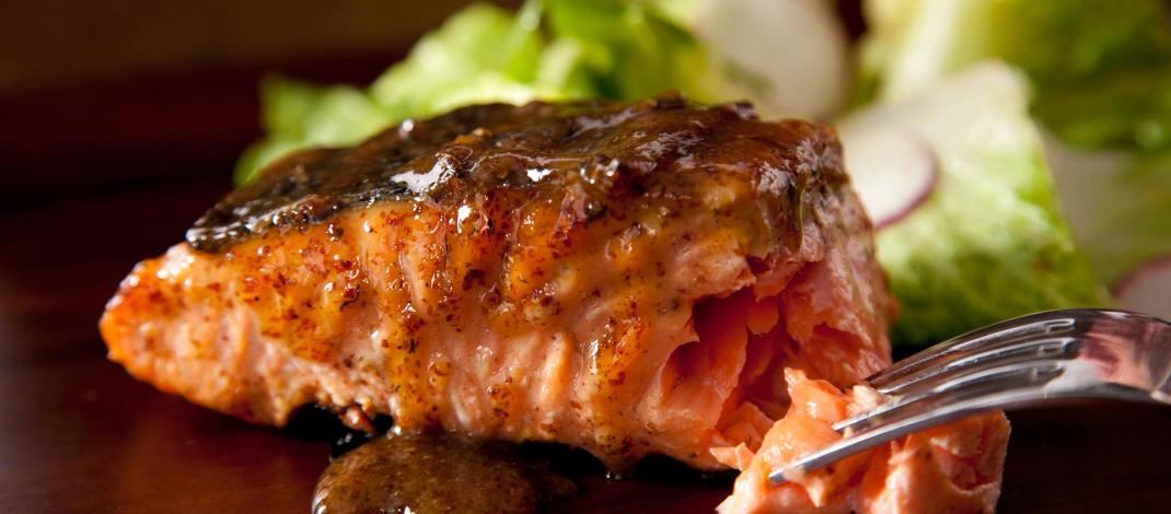 Grilled Salmon with Authentic Mexican Salsa