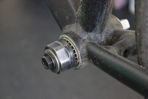 The bottom bracket tool installed