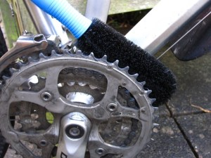 Cleaning front chainrings