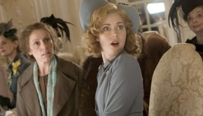 2008_miss_pettigrew_lives_for_a_day_002.jpg
