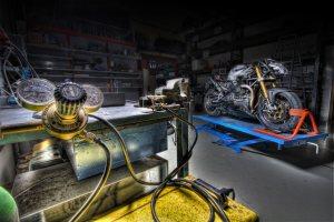 La motociclett Alba di Millepercento su base Guzzi fotografata da Claudio Giovenzana