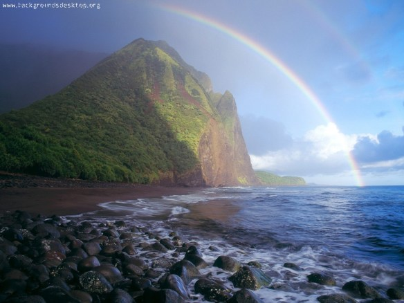 valley_hawaii_rainbows-1400x1050