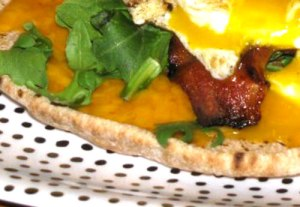 Bacon and Cheddar Healthy Breakfast Pita