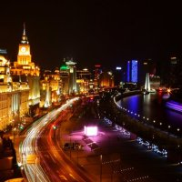Shanghai - The Bund. Photo by Zhang Wenjie.