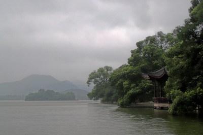 West Lake, Hangzhou. Photo by Ryan McLaughlin