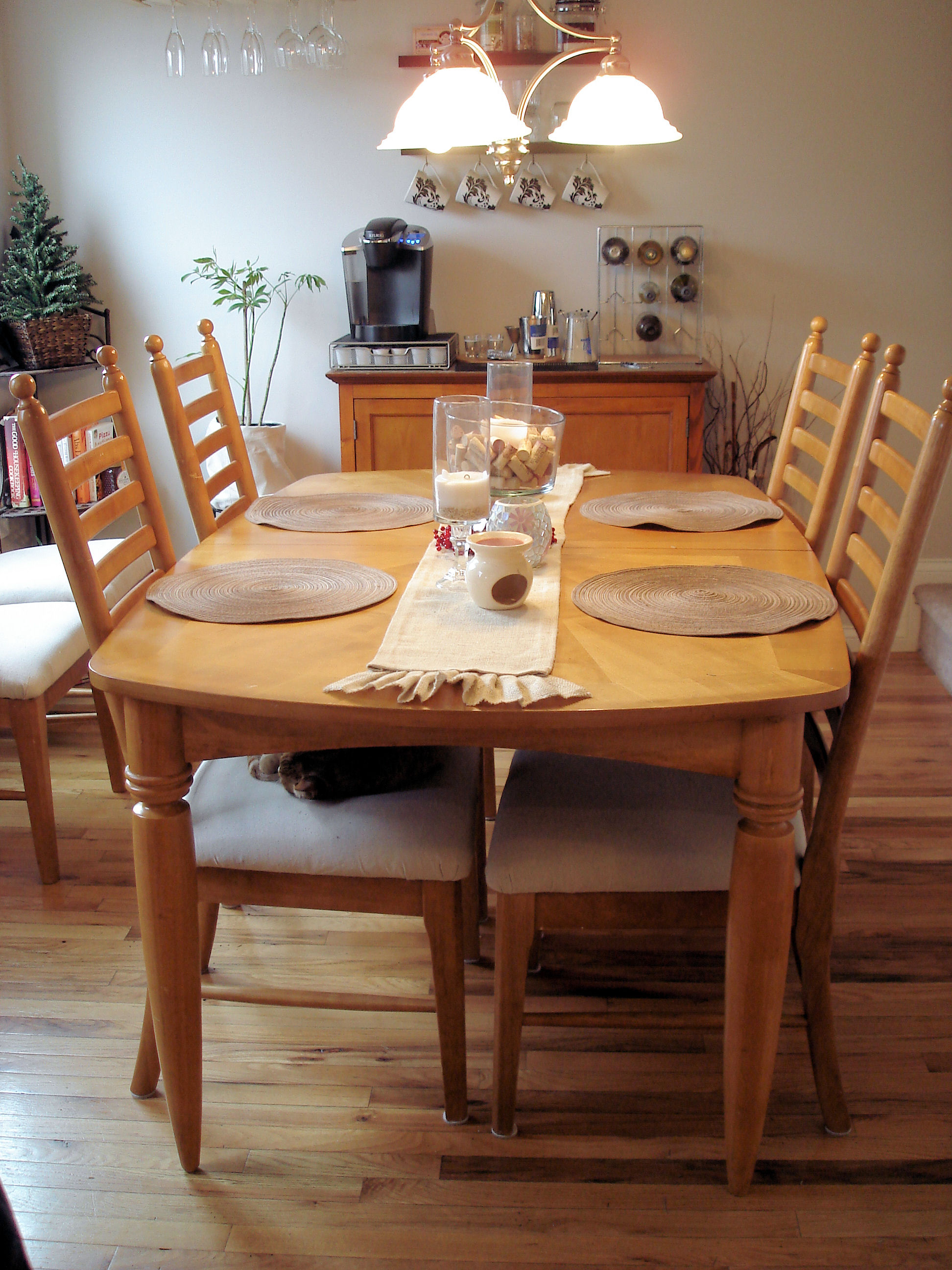 Sandpaper: A Hate Story (or how I refinished my dining set)