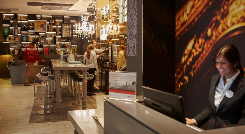 hotel-indigo-paris-44112520