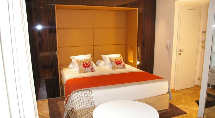 hotel-tourisme-avenue-13696910