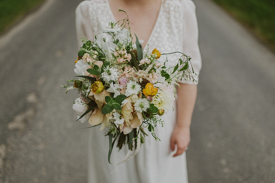 french bride, farm wedding, farmyard wedding, rustic wedding, kitchener photography