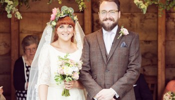Halfpenny London Elegance and a Pretty Floral Crown for a South Farm Wedding