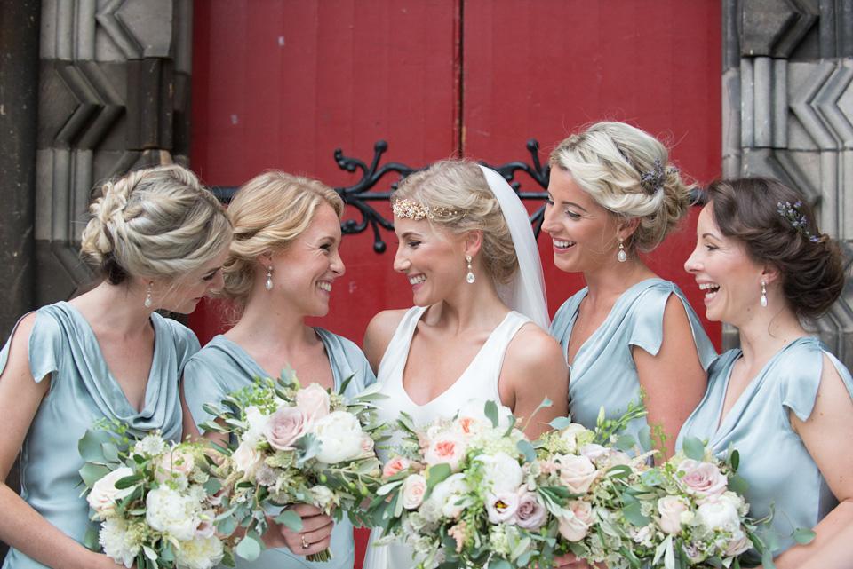 An Amanda Wakeley Gown for an Elegant Summer Garden Inspired Edinburgh Wedding
