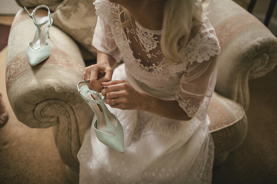 An Edwardian Wedding Dress for a Woodland Handfasting (Weddings )