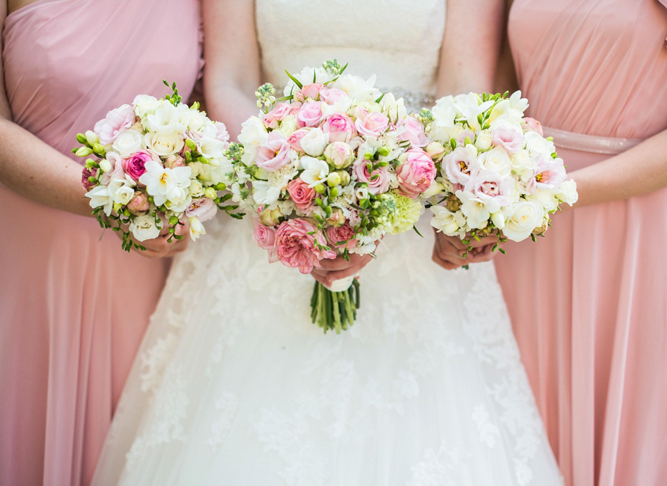 Pretty Pink Peonies and Pronovias for a Traditional English Wedding (Weddings )