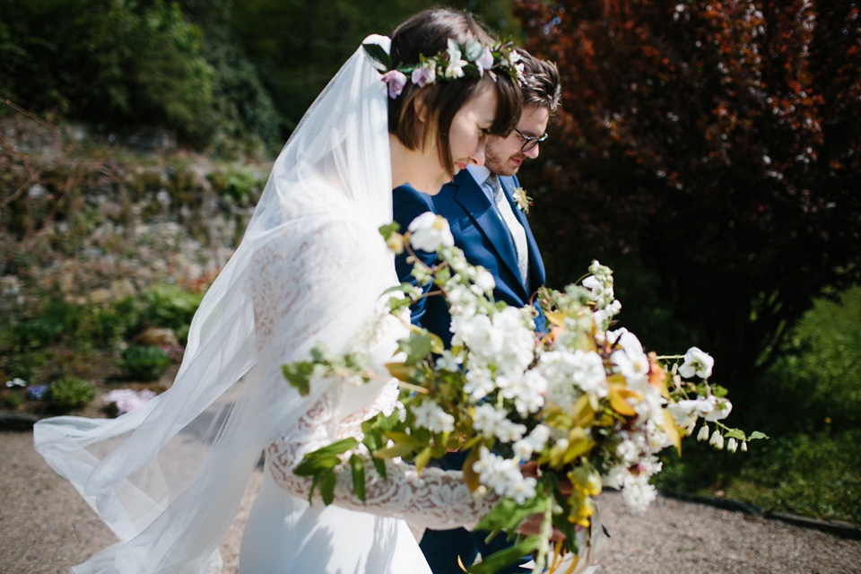 Rime Arodaky for a Relaxed, Informal, Fun and Flower-Filled Wedding in Scotland (Weddings )