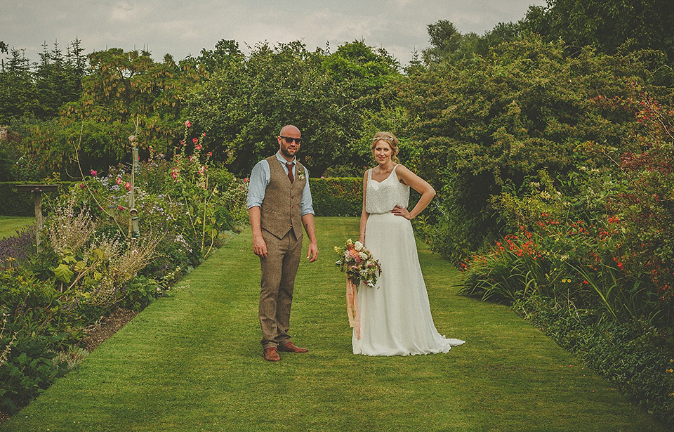 Peach Blooms, A Beautiful Barn and Elegant Stephanie Allin Gown