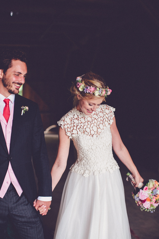 Effortless Elegance – A Raimon Bundó Bride and Colourful Floral Crown