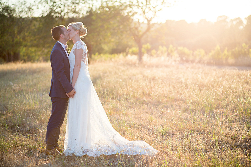Halfpenny London Lace and Shades of Blush Pink for an Elegant Wedding in Ibiza