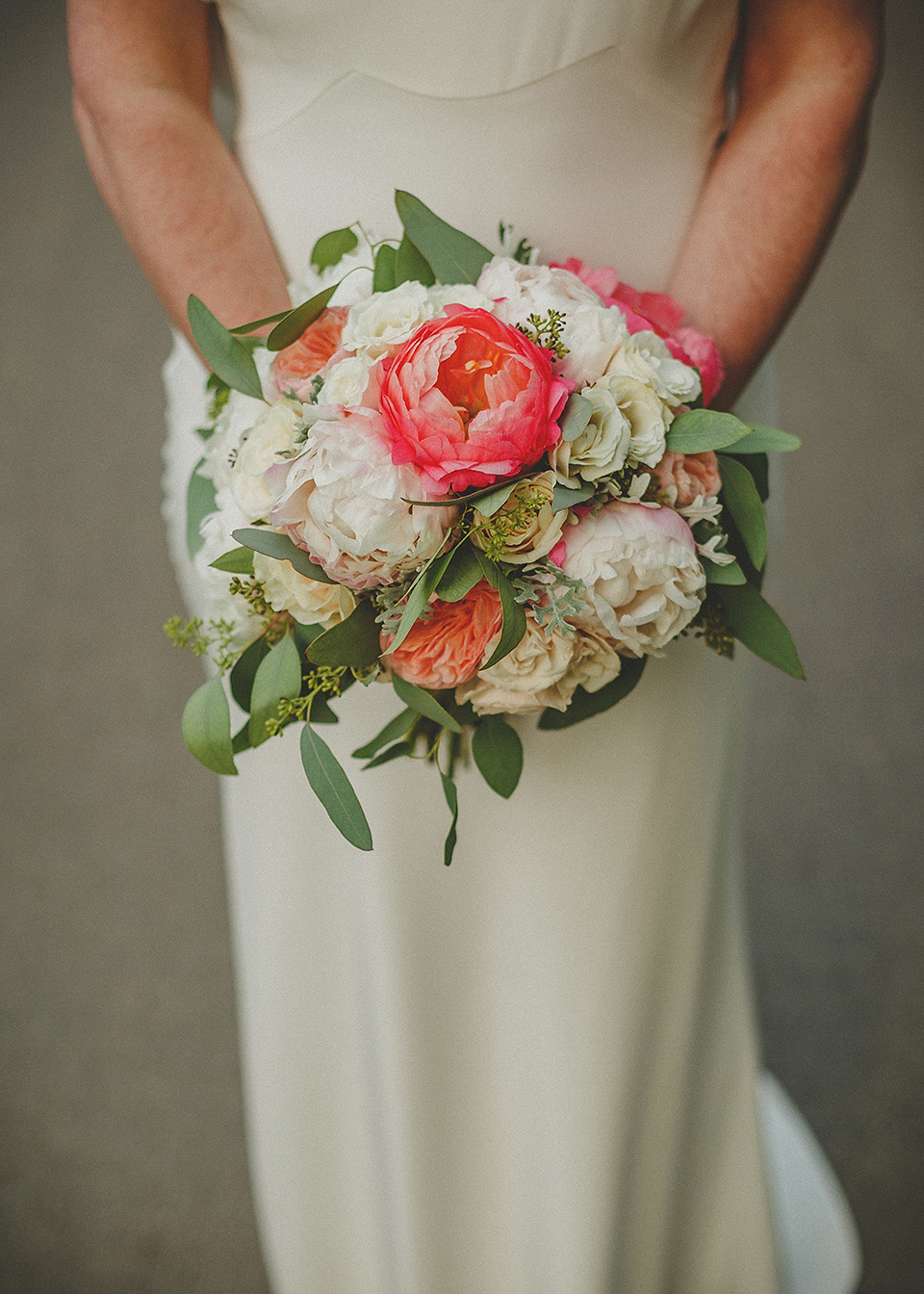 A Backless David Fielden Gown for a Coral and Blue Summer Wedding (Weddings )