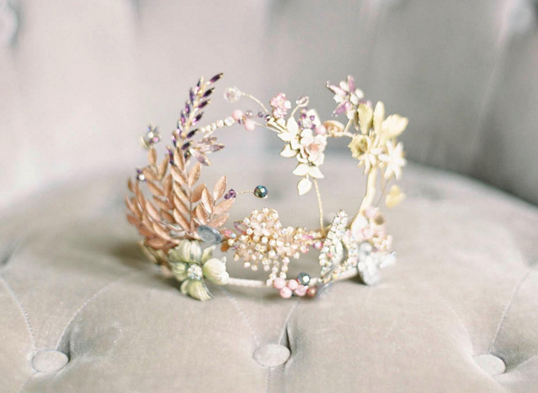Effortless Bridal Glamour and Fine Art Wedding Inspiration