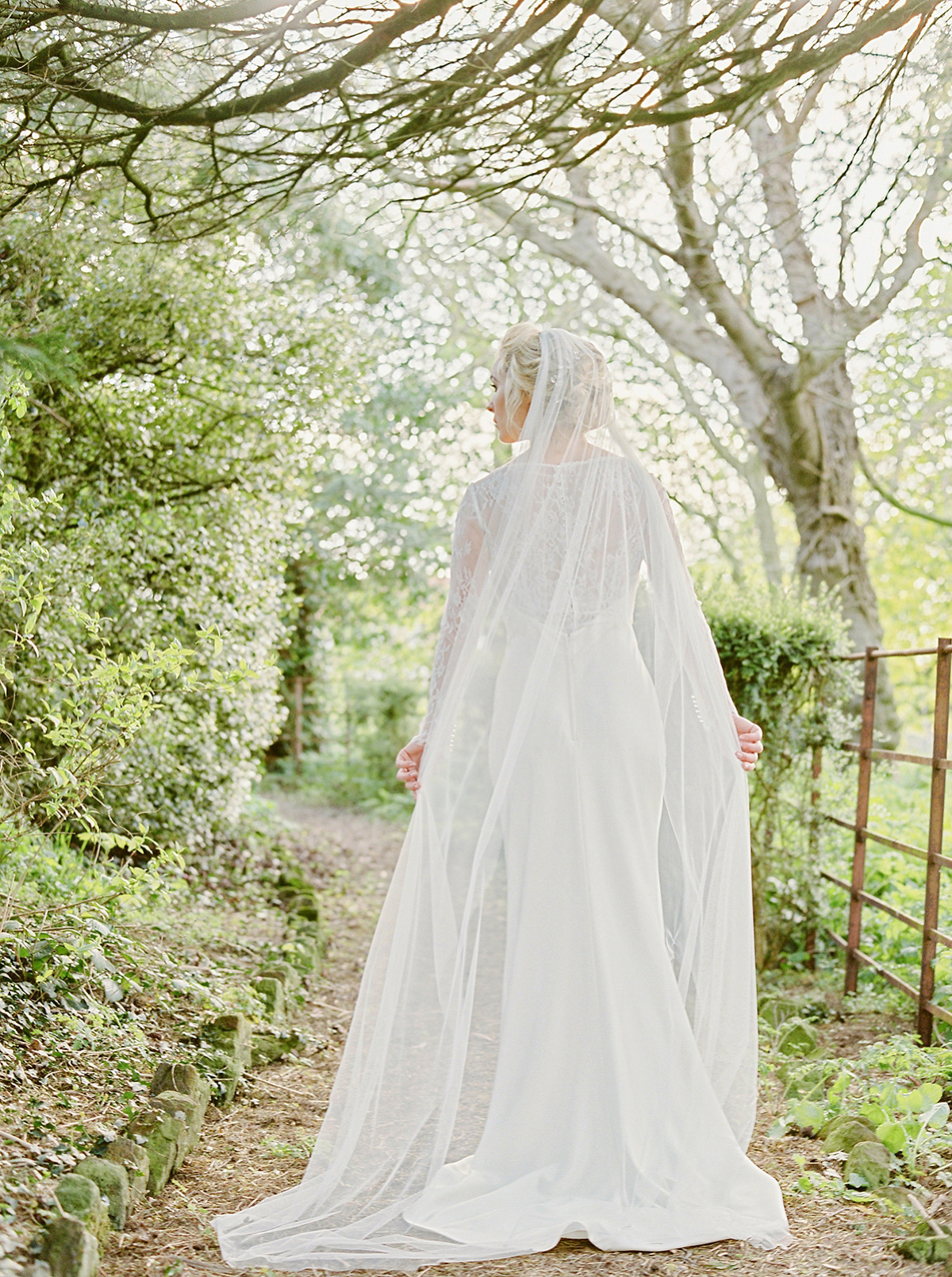 English Country House Elegance at Dunsley Hall Hotel, Whitby (Bridal Fashion Fashion & Beauty Get Inspired Styled Shoots )