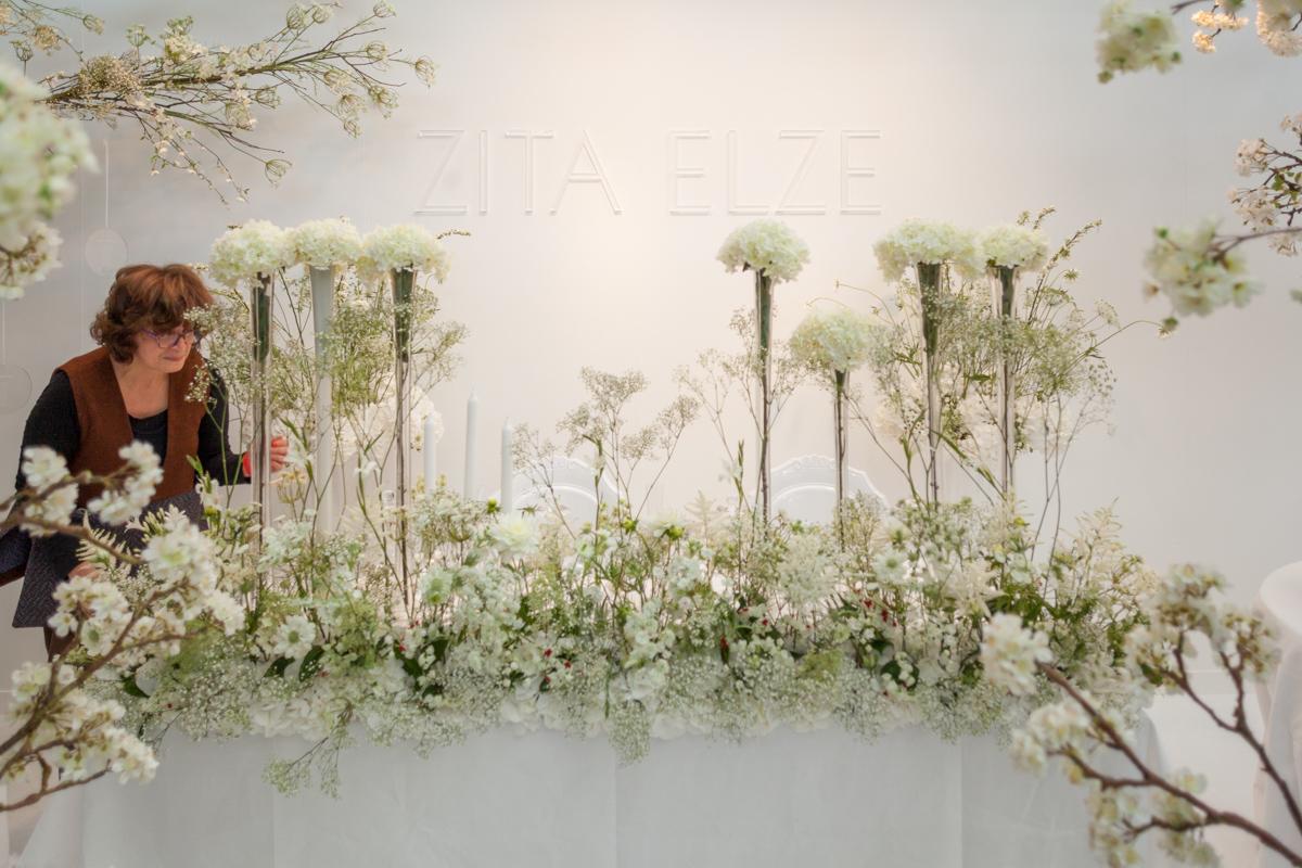 An All-White Floral Fairytale By Zita Elze – Award Winning Wedding Florist