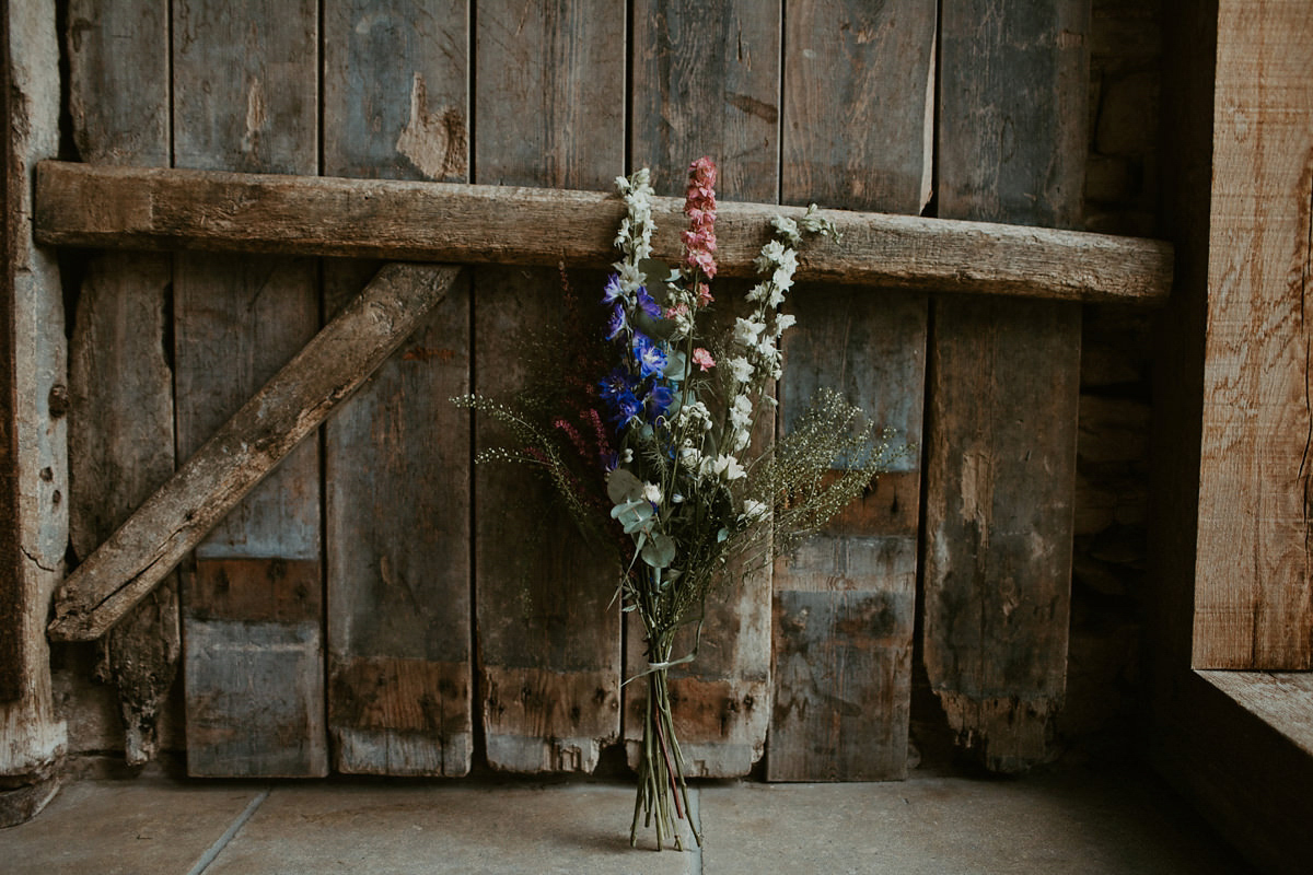 A Chic, Long Sleeved Dress for a Modern Bride and her Flower Filled Barn Wedding (Weddings )