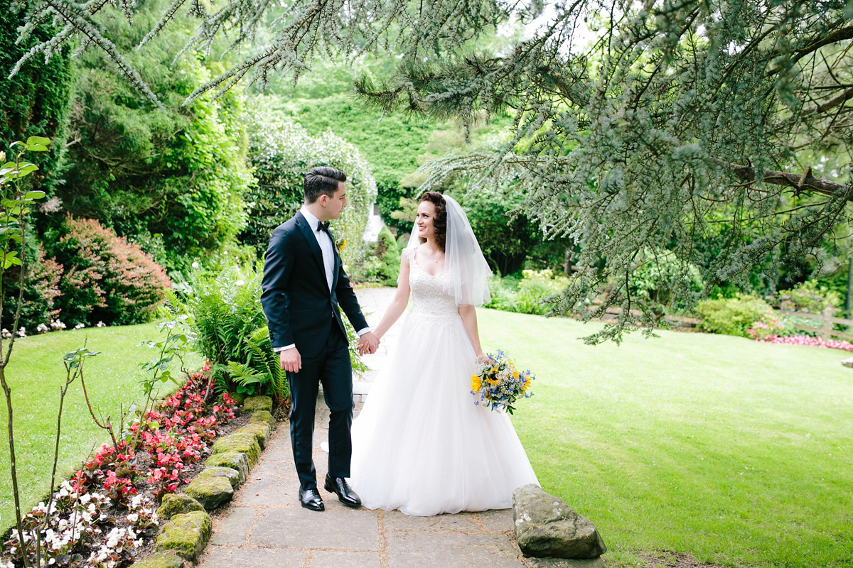 A Maggie Sottero Gown for a 1940's and 1950's Hollywood Glamour Inspired Wedding (Weddings )