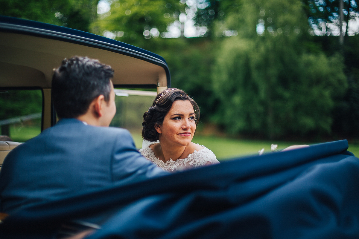 Annasul Y Elegance for a Romantic 1950'S Inspired Wedding (Weddings )