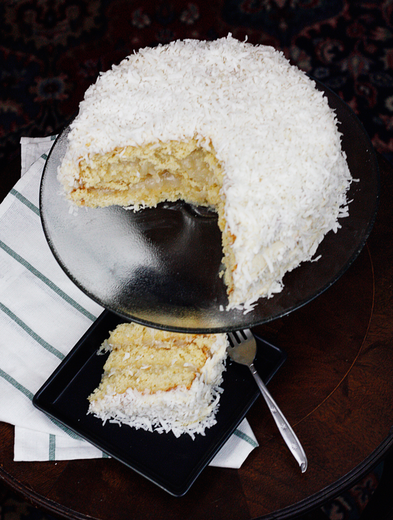 coconut-tres-leches-cake-lemonade