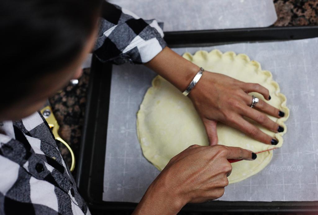 crusting-kind-cake