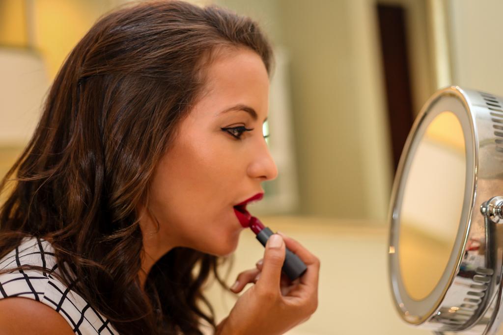 bite-lipstick-beetroot-2