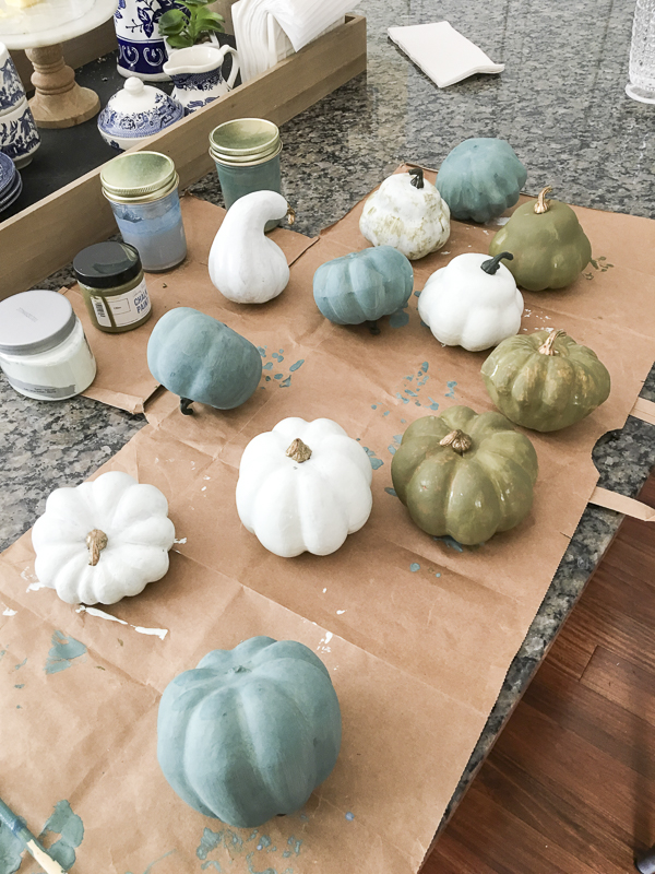 painted-pumpkins-fall-decor-loveyourabode-2