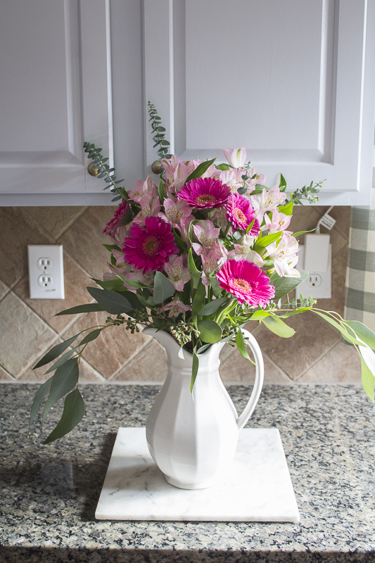 how-to-create-mixed-floral-arrangement | loveyourabode |-9
