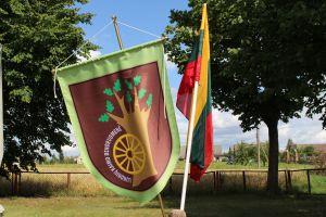 Lukonių bendruomenės vėliava