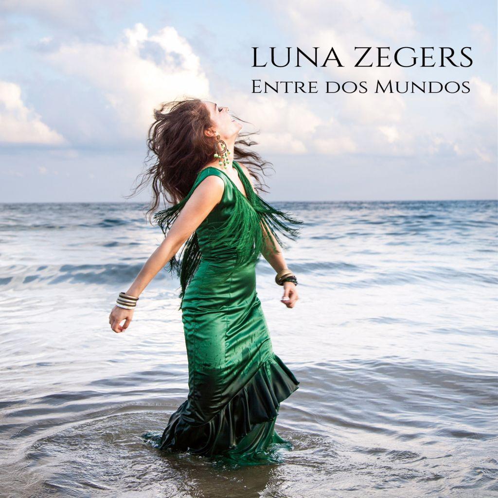 Luna Zegers - Entre Dos Mundos