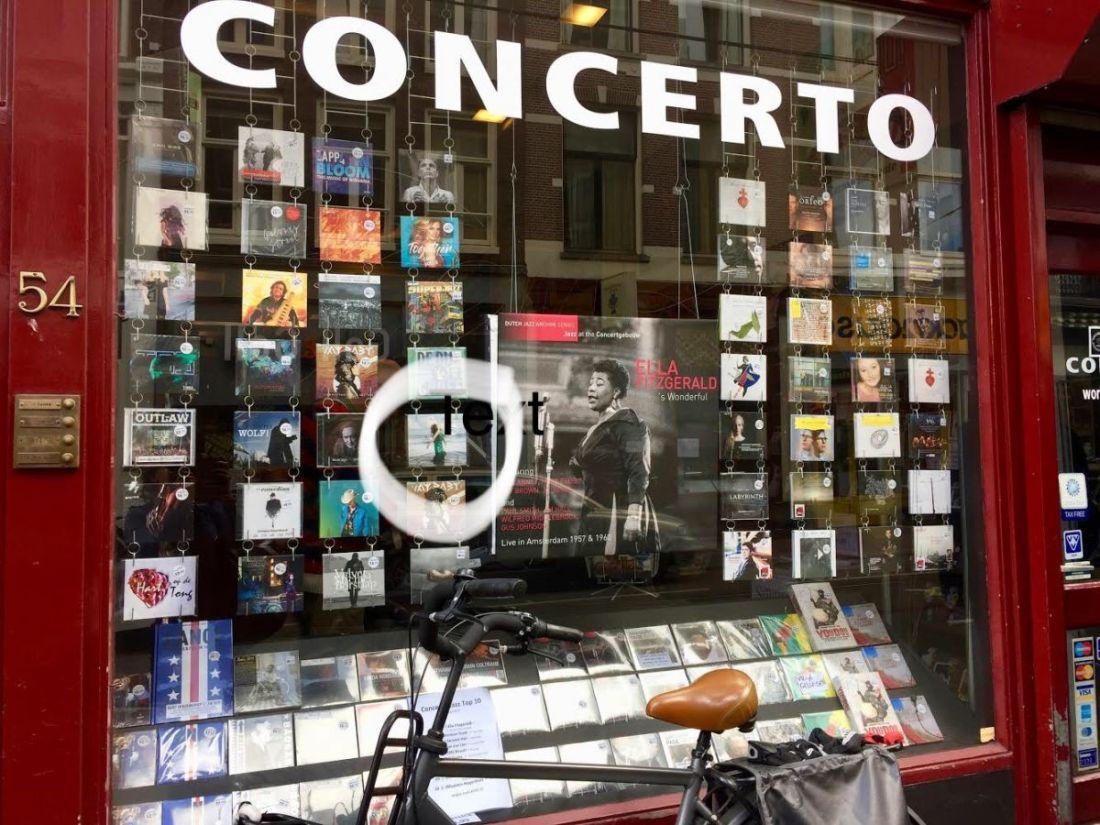 EDM Concerto etalage